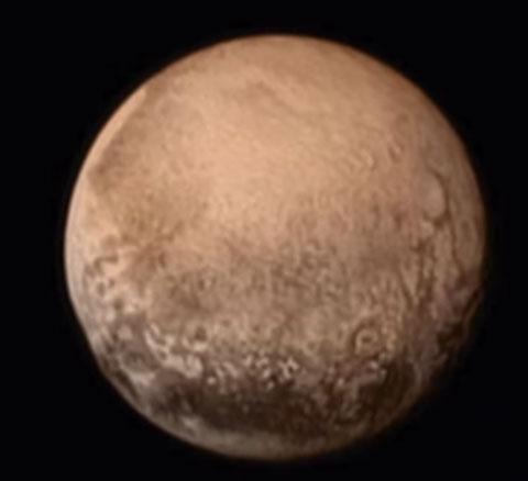 العلماء يبحثون إعادة صفة كوكب لبلوتو