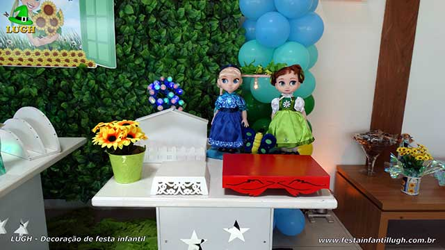 Mesa temática Frozen Febre congelante - Aniversário da Anna - festa infantil