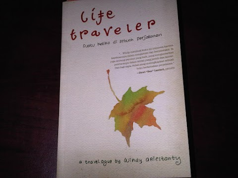 Review Buku Live Traveler