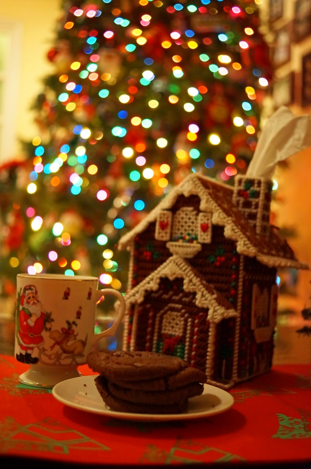 Cute Gingerbread House and Christmas Cookies