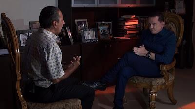 Silas e Cabrini durante entrevista (Divulgação/SBT)