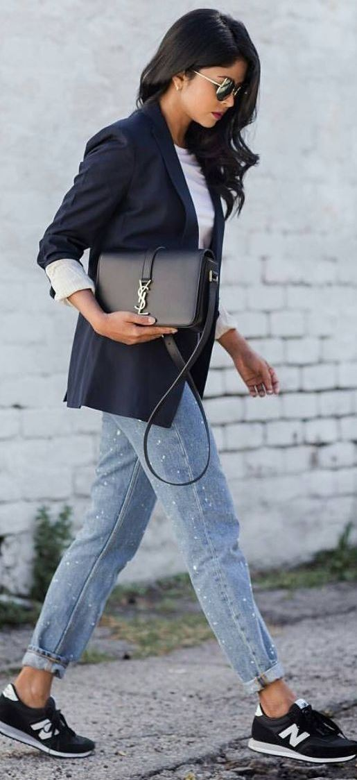 what to wear with a pair of boyfriend jeans : blazer + sneakers + bag + top
