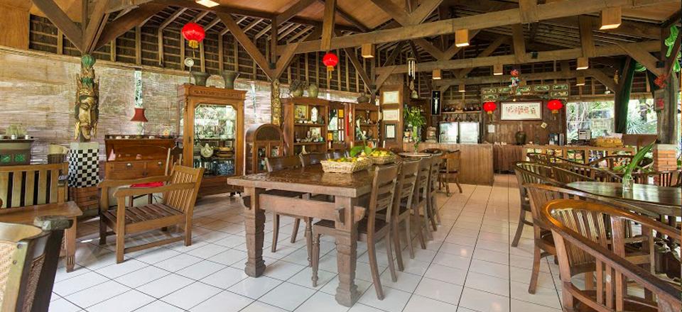 Saung Kemangi Resto