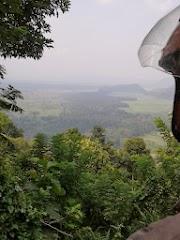 Pemandangan di Gunung serang