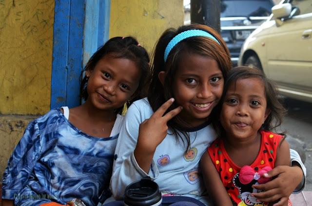 niñas surabaya