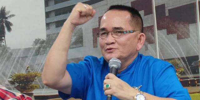 Ikut Blusukan, Ruhut Teriak-teriak: Pilih Ahok, Ahok Anti Korupsi! : Berita Terupdate Hari Ini
