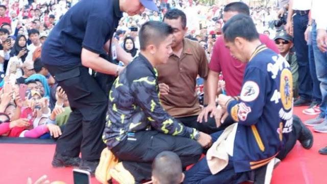 Tangan Jokowi Luka Kena Cakar Warga di Kendari