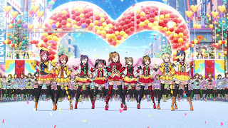 μ's perform SUNNY DAY SONG