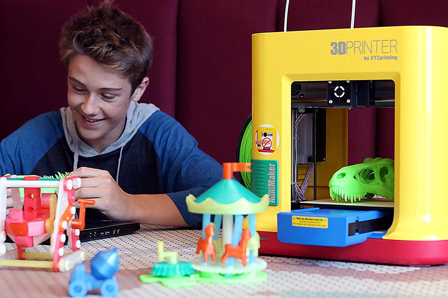 Look at all these cool things to make with this 3d printer only 249 i haven t tested one yet i am dying to try this out