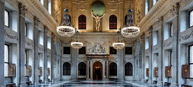 Tudo sobre o Palácio Real de Amsterdã