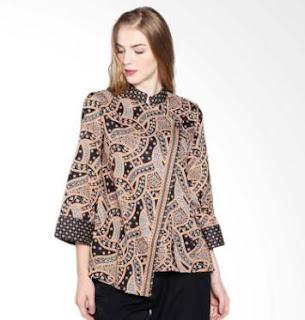 Model Baju Batik Kantor untuk Wanita