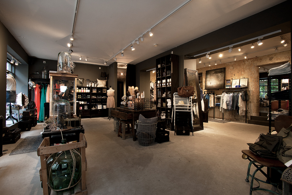 Shop design industrial mix home design ideas - Men s clothing store interior design ideas ...