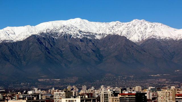 Em que época do ano tem neve em Santiago