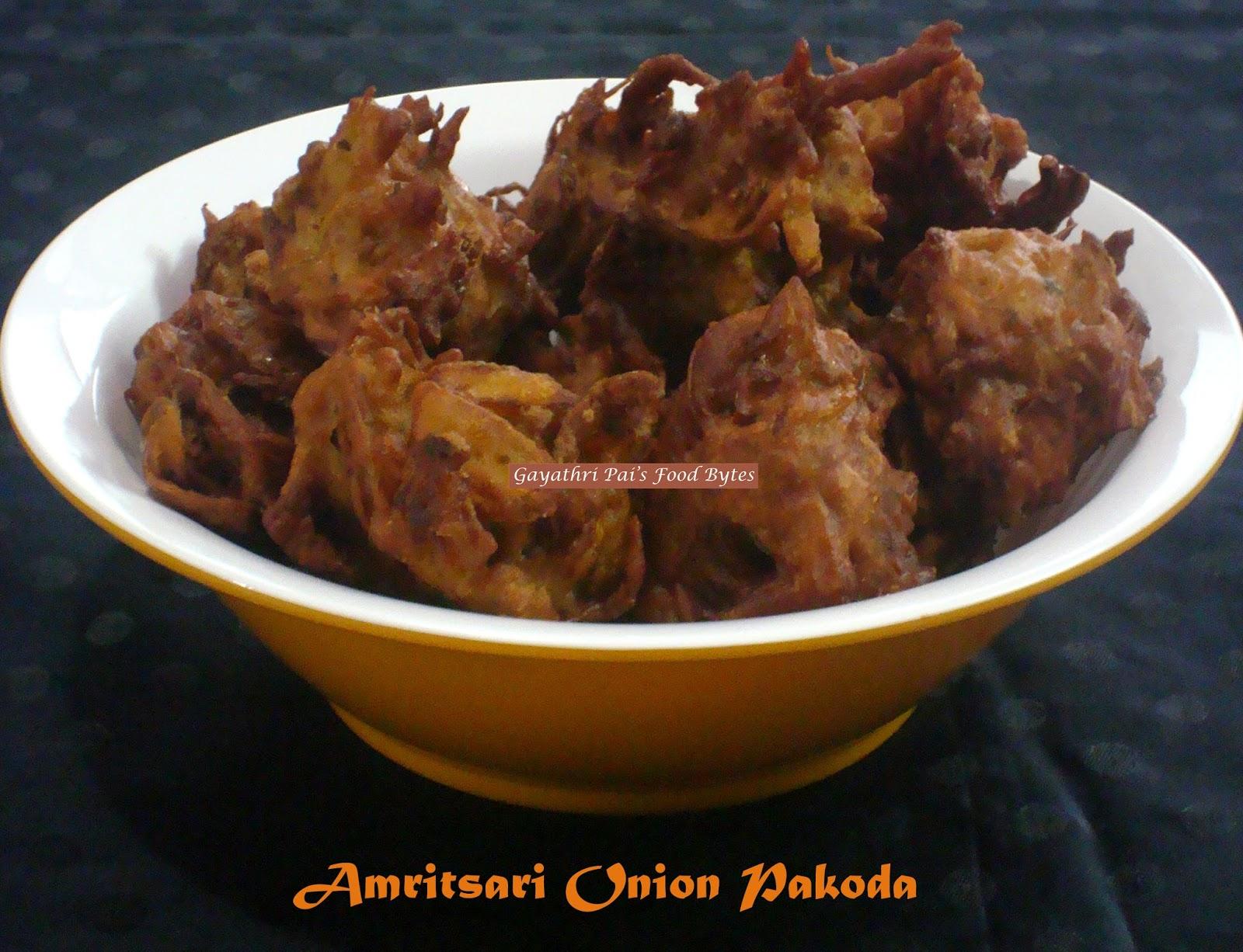 Gayathri pai 39 s food bytes amritsari onion pakoda for Amritsari cuisine