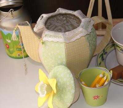 Чайник-шкатулка, Teakettle-casket, чайник из ткани, шкатулка из ткани, текстильная шкатулка, объемный чайник из ткани, чайный домик из ткани, кухонный декор, интерьерные украшения, текстильные украшения для дома