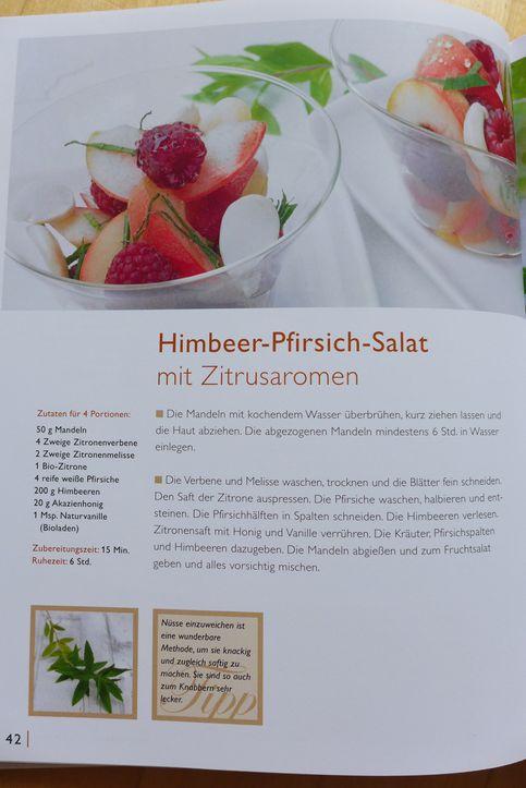 Meine-Kräuterküche-Himbeer-Pfirsich-Salat-Steiermarkgarten