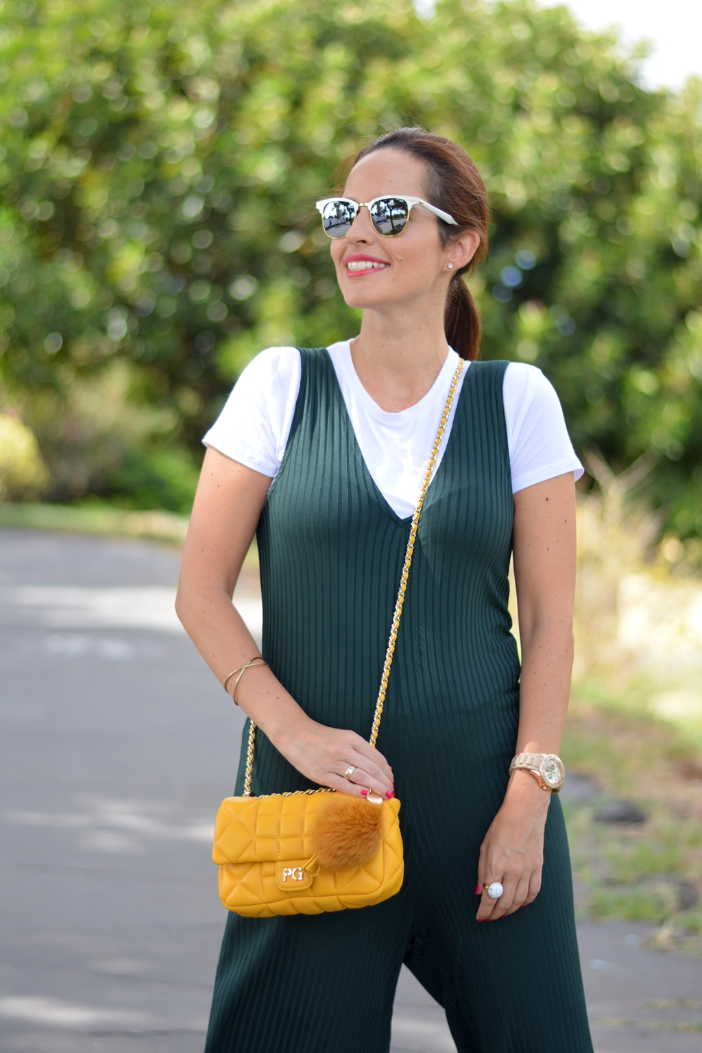 outfit-mono-verde-zara