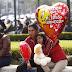 En pareja o con amigos, los mexicanos sí celebran el día del amor y la amistad