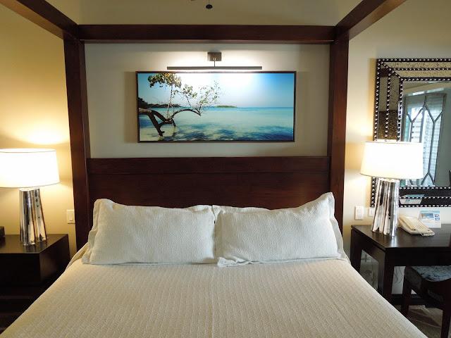 Paradise Building Club Level room