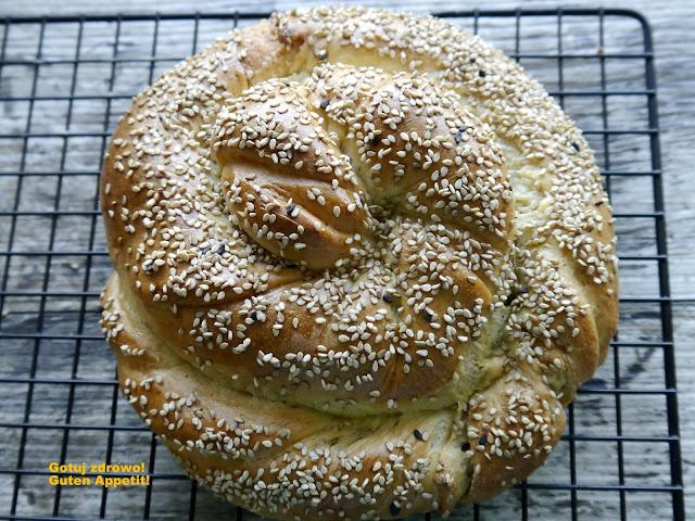 Arabski chlebek z tahini - Czytaj więcej »