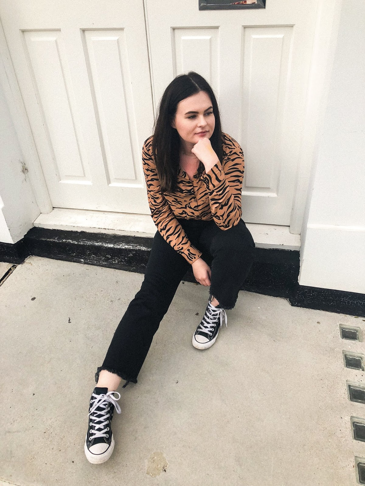 NA-KD Fashion ASOS, NA-KD Fashion UK, na-kd tiger print shirt, style blogger uk, mid-size style blogger