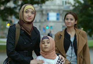 Nonton Bareng Gala Premier Film 99 Cahaya di Langit Eropa
