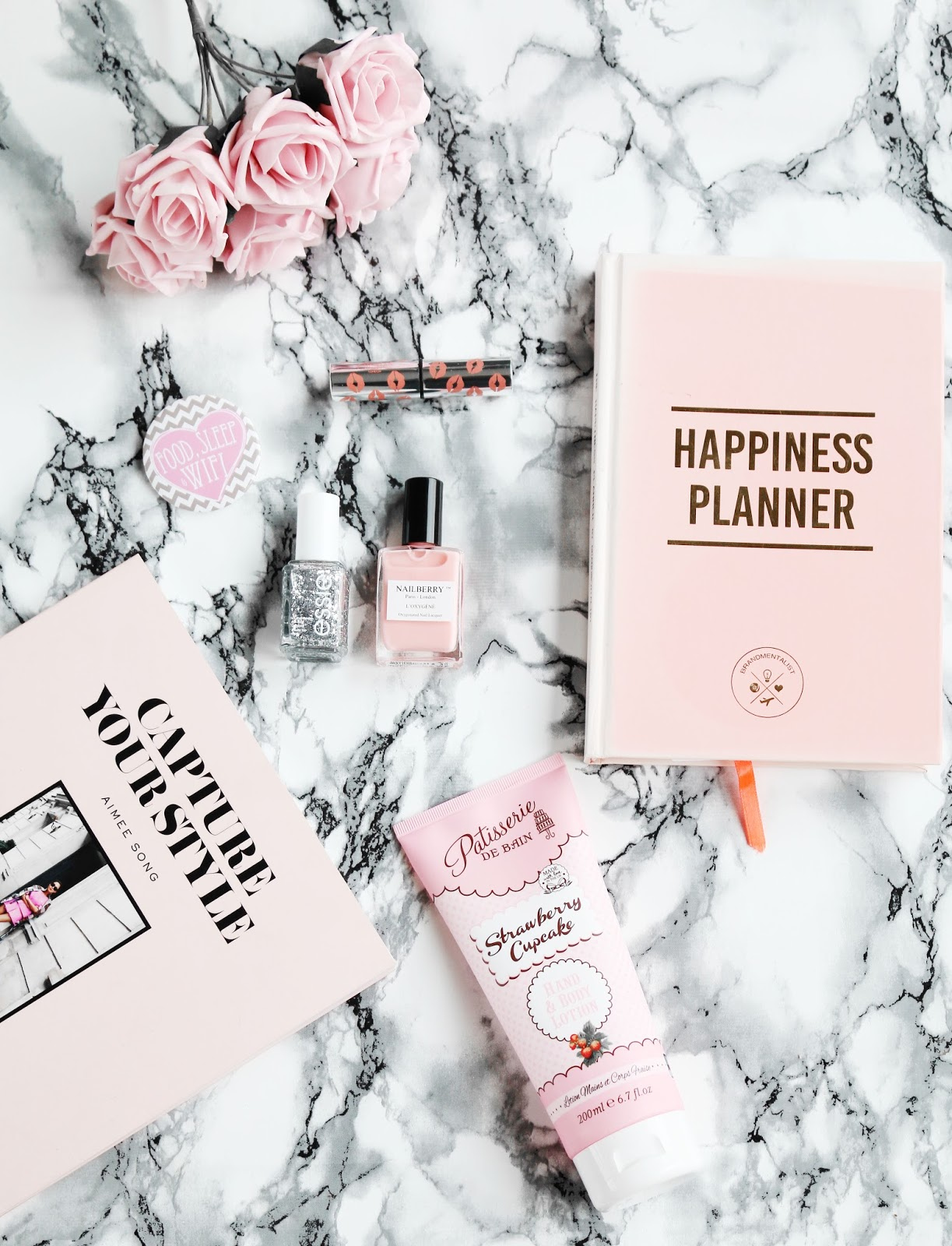 Lifestyle, Blogging, Blogging Advice, Thoughts, flat lay