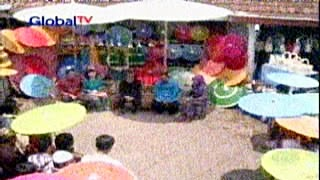 Acara jendela rakyat Global Tv di sentra kerajinan payung geulis Tasikmalaya