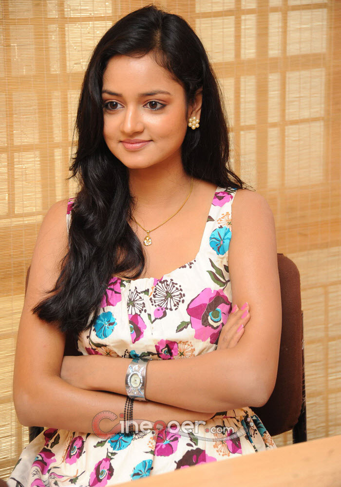 CINEGOER PICS: Shanvi south actress photos Hot gallery