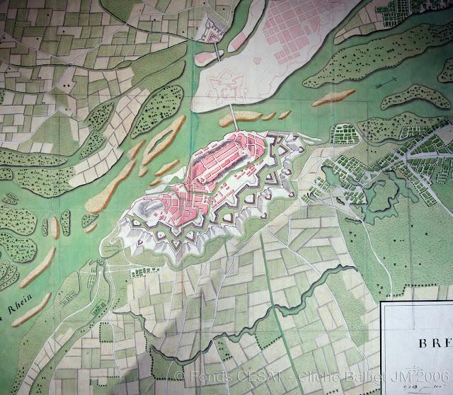 Breisach : situation en 1739 (plan ms., coll. Centre d'Enseignement Supérieur de l'Armée de Terre, cliché JM Balliet)