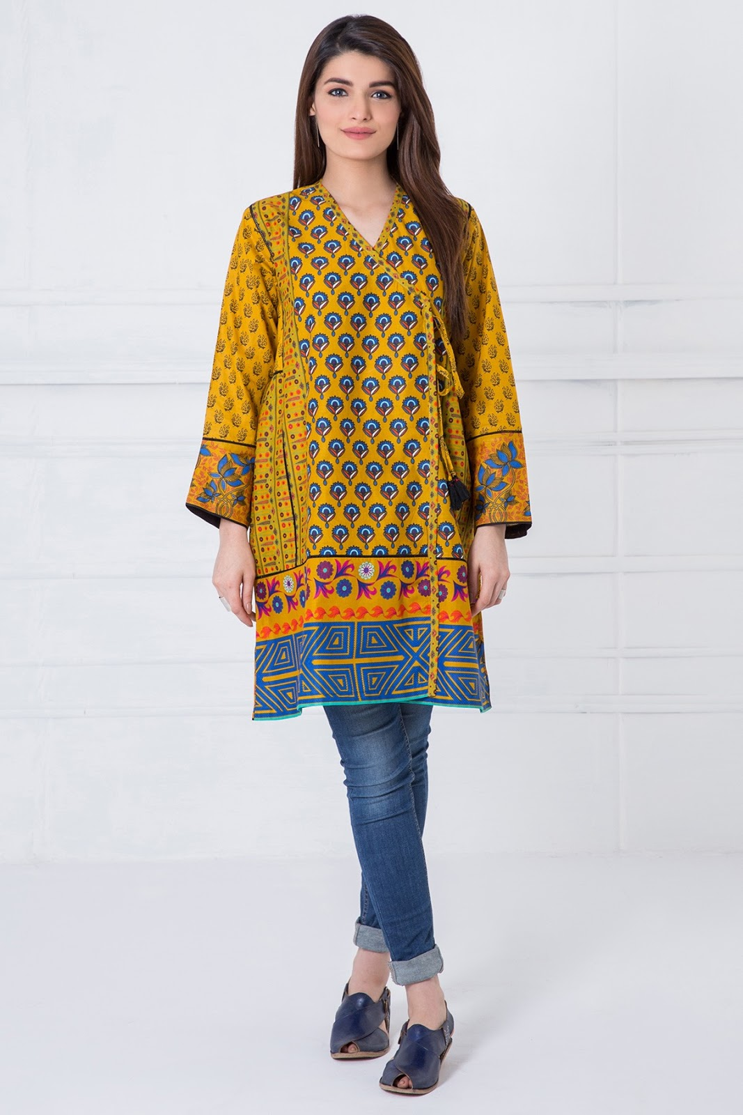 Excellent Latest Designer Pakistani Party Wear Dresses 2017 For Women