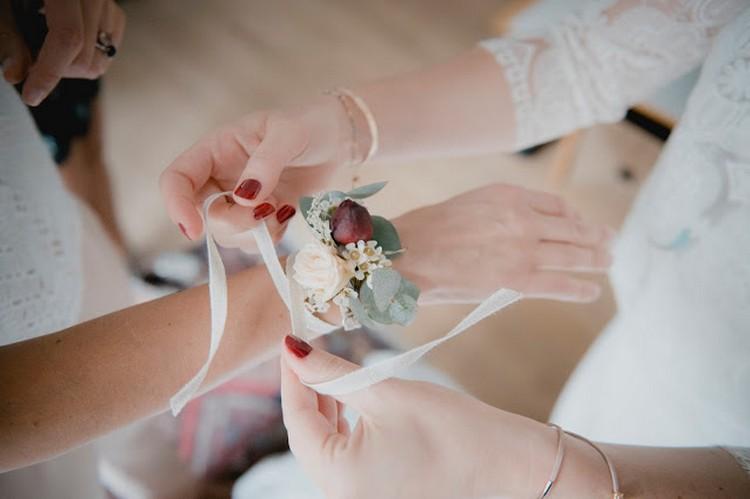 french wedding style, fleuriste mariage Lyon, Doune photo, bracelets de fleurs