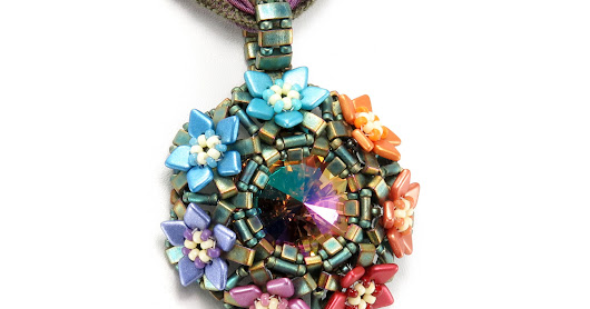 Bead Origami: Prism Blossoms Pendant for the Spring