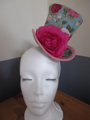 Top Hat Turquoise with Rose
