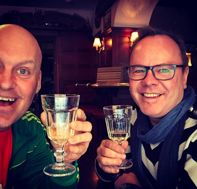 värld av tankar Lowe matchmaking tvåor företag dating Dublin
