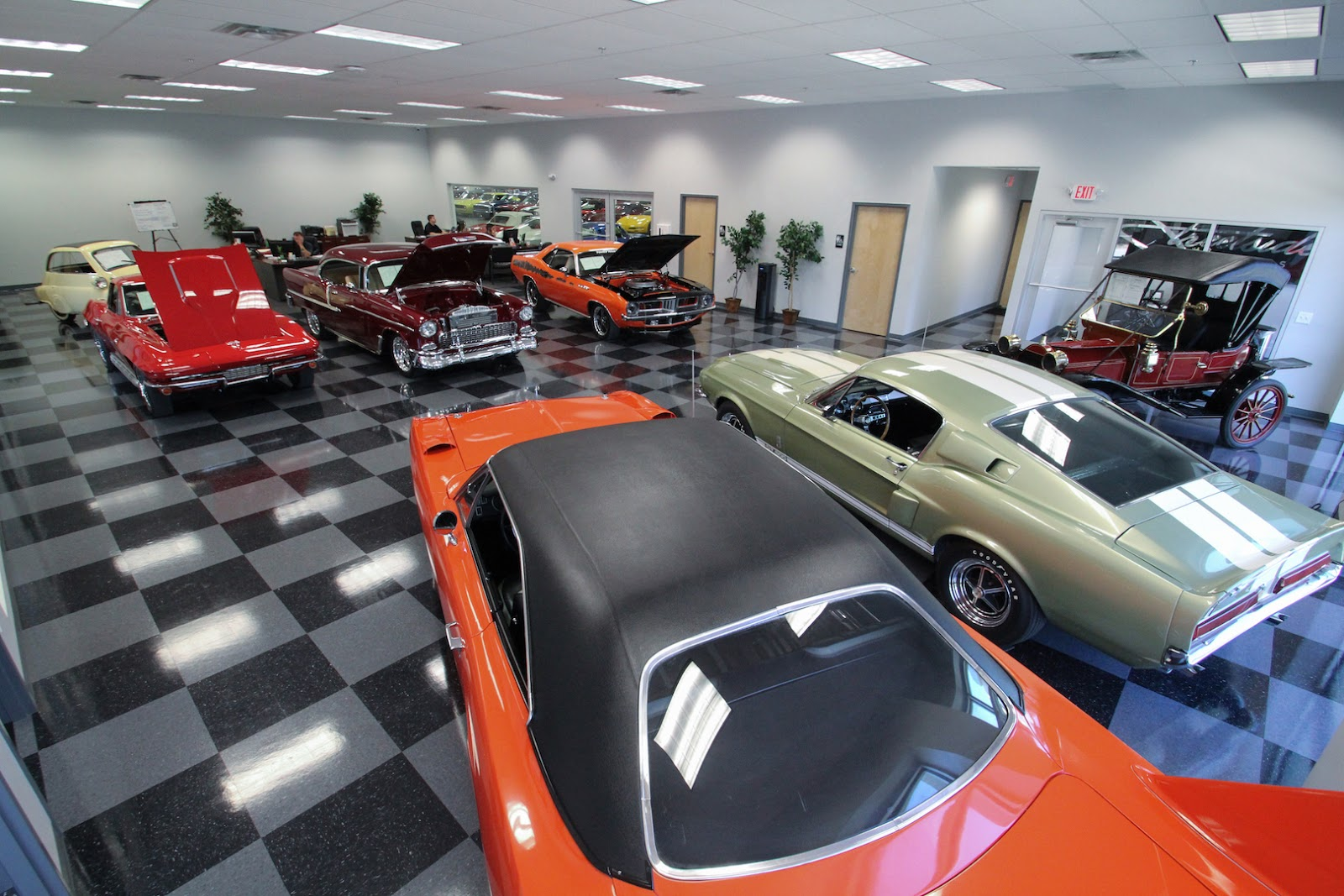 Done Deals JLL Brings Streetside Classics To Arizona With New - Streetside classic car show