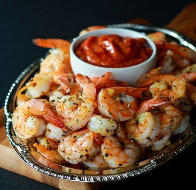 Garlic Herb Roasted Shrimp with Homemade Cocktail Sauce #appetizer #party