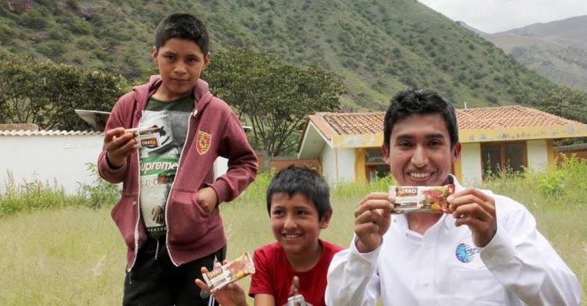 JULIO GARAY BARRIOS: Talento de Beca 18 combatirá la anemia en Uchuraccay con sus galletas Nutri Hierro - PRONABEC - www.pronabec.gob.pe