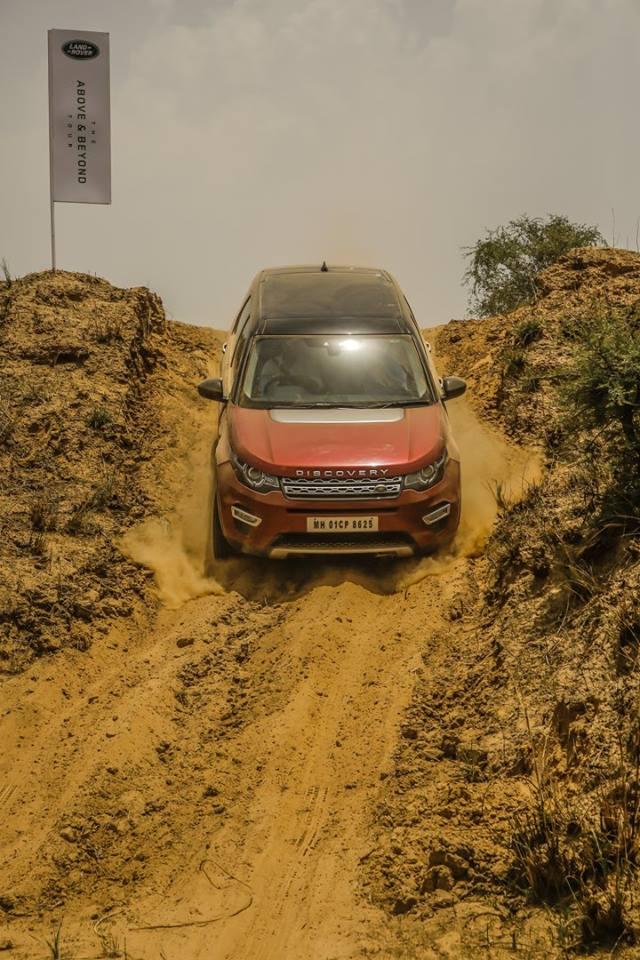 Khả Năng Lội Nước, Off Road Của Range Rover Evoque Và Discovery Sport Là Bao Nhiêu
