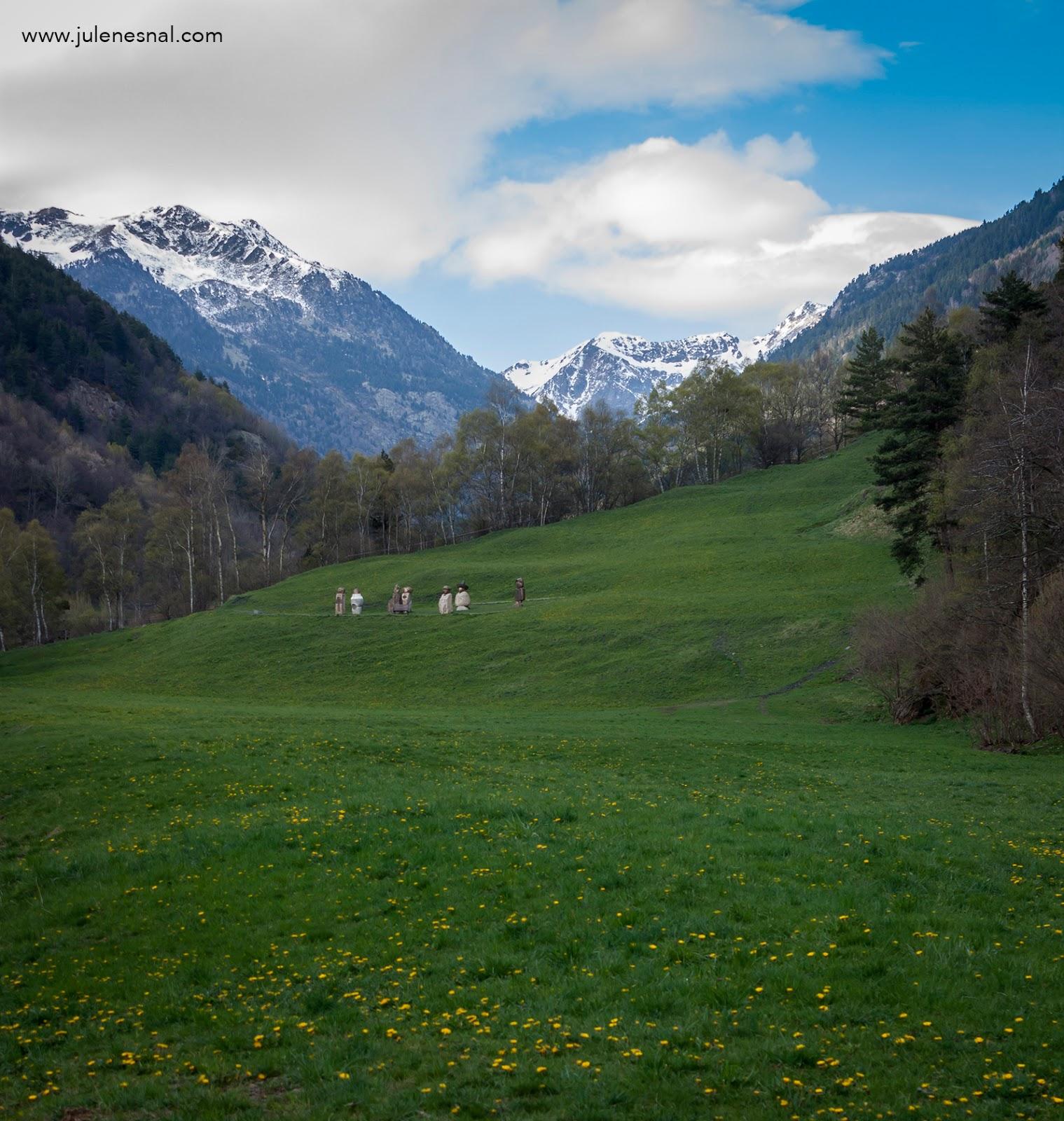 Arquitectura Y Paisajes De Andorra