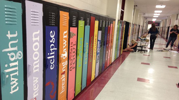 30 Extremely Intelligent School & University Ideas That Will Make You Jealous - School Paints Lockers As Book Spines To Create An 'Avenue Of Literature'