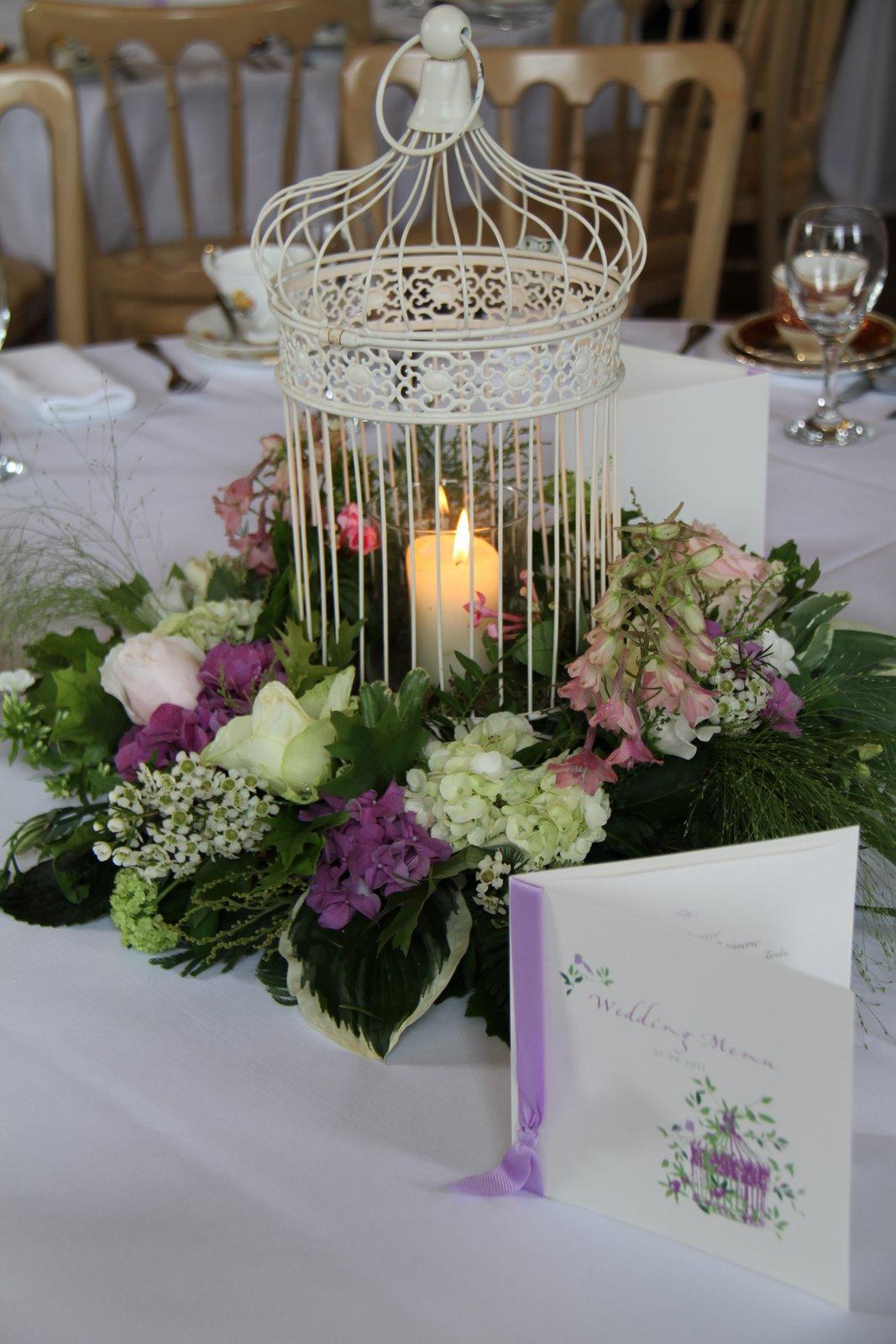 flower design table centrepieces vintage bird cage table centrepiece. Black Bedroom Furniture Sets. Home Design Ideas
