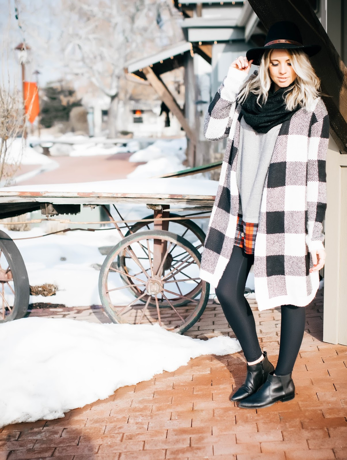 Blanqi Leggings, Utah Fashion Blogger, Modest Fashion Blogger
