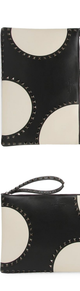 Valentino Garavani Rockstud Small Zip Clutch