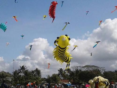 Pangandaran Internasional Kite Festival 2018