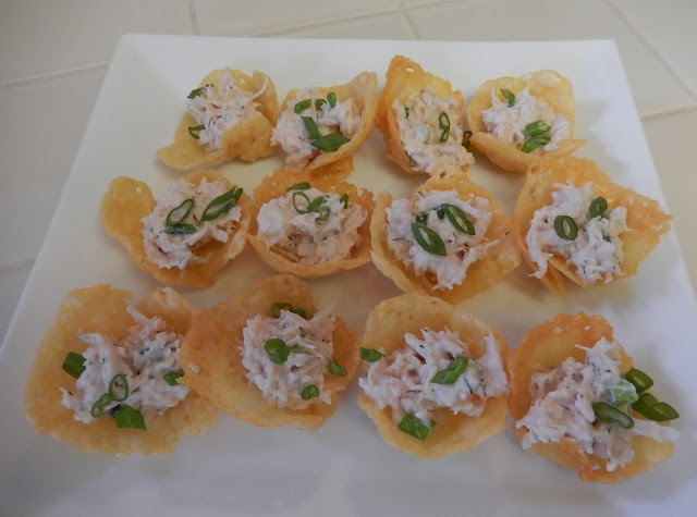 Eggface%2BCheese%2BCracker%2BCups%2Bfilled%2Bwith%2BChicken%2BSalad Weight Loss Recipes Healthy and Easy Holiday Party Recipes