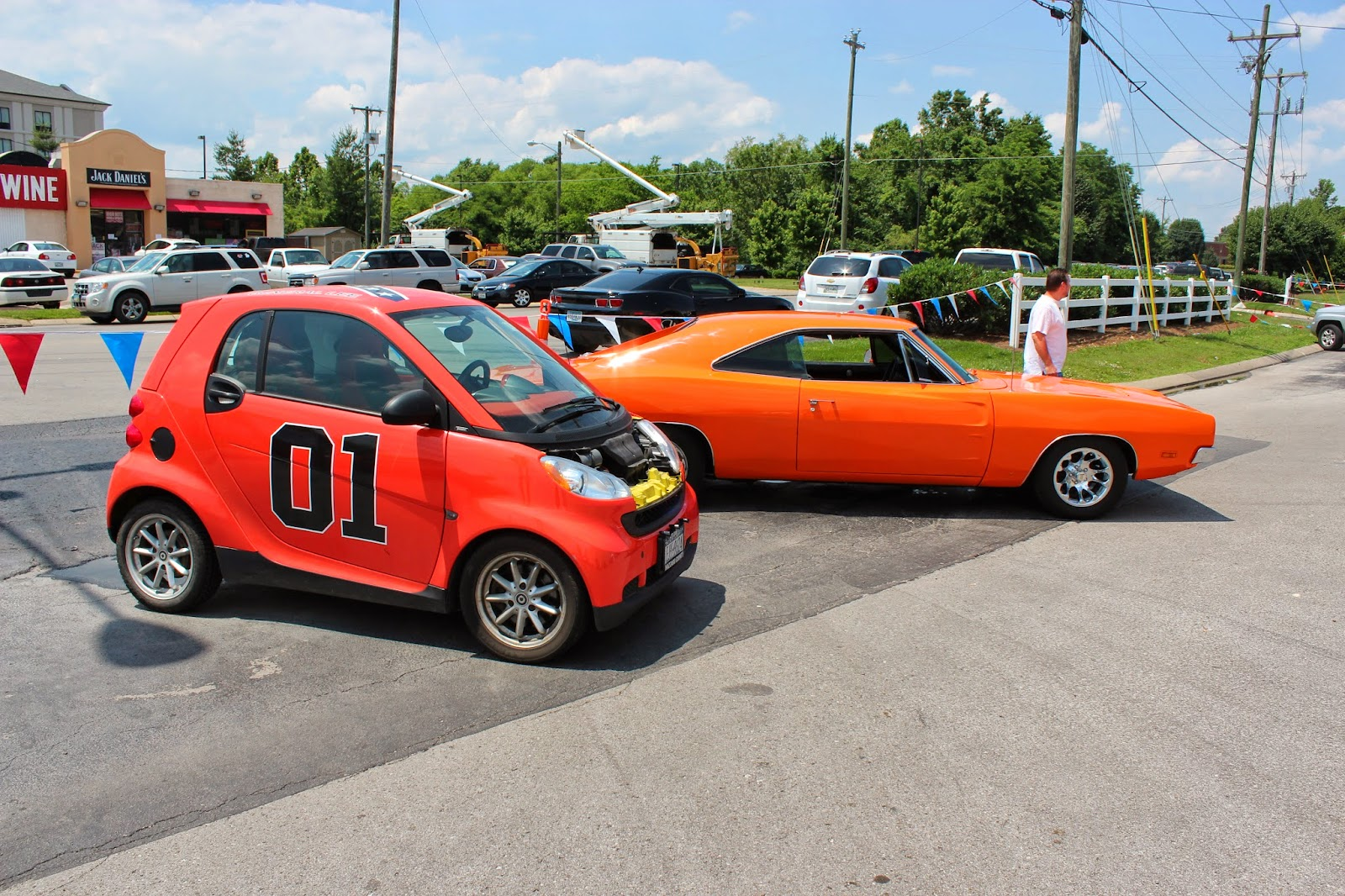Bed Liner Spray >> Dukes of Hazzard Collector: Dukes of Hazzard Fan Fair - The Hazzard Cars