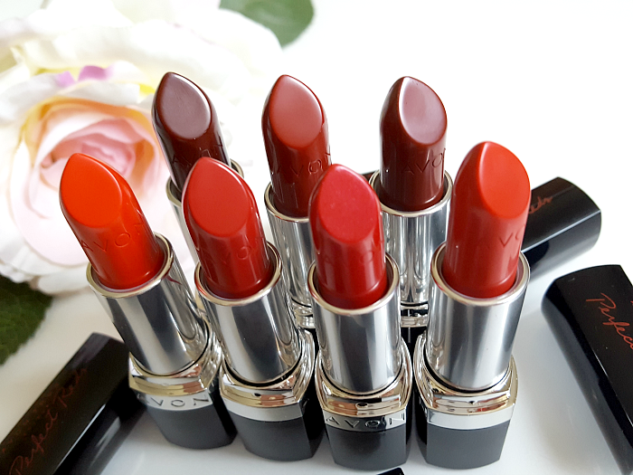 review: AVON True Colour Perfect Reds Lippenstift - 3.6g - je 10.- Euro