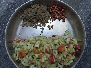 Veg Bhel - Cucumer, Tomato, Onion, Pepper, Cumin, Salt Pearl millet beaten rice (Kambu Aval), Dry roasted Groundnuts