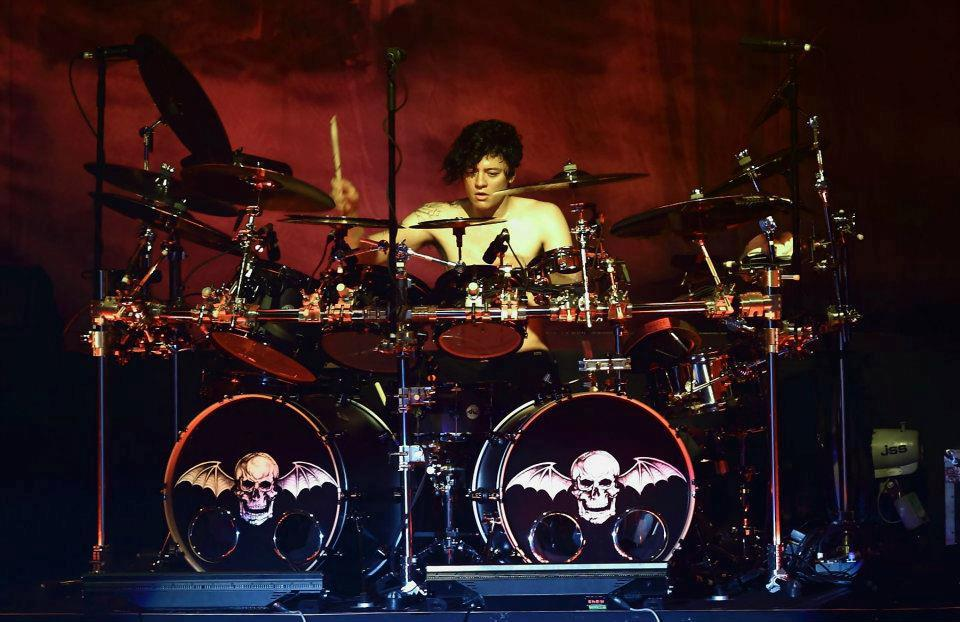 welcome fact about arin ilejay new drummer of avenged sevenfold. Black Bedroom Furniture Sets. Home Design Ideas
